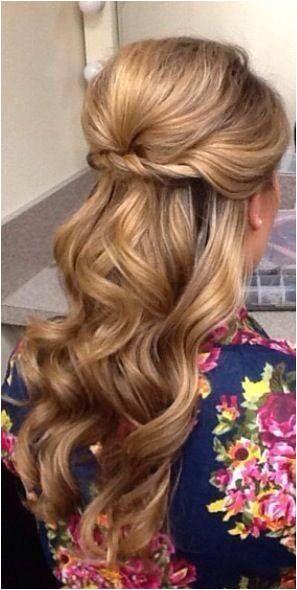 20 Half Up Half Down Wedding Hairstyles Anyone Would Love weddings weddinghairstyles hairtyles