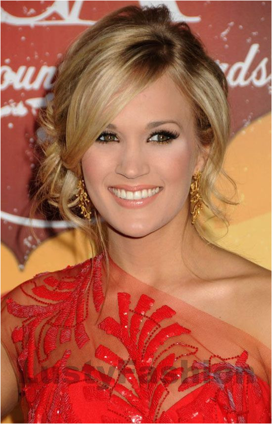 carrie underwood hairstyles updos