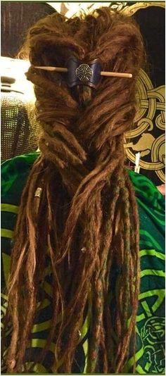 dreadlocks & celtic barrette Coole Haare Dread Braids Keltisches Haar Dreadlockstile Dreads