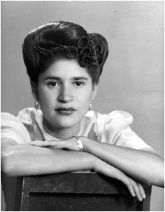 mexican woman amazing hairstyle 1940´s