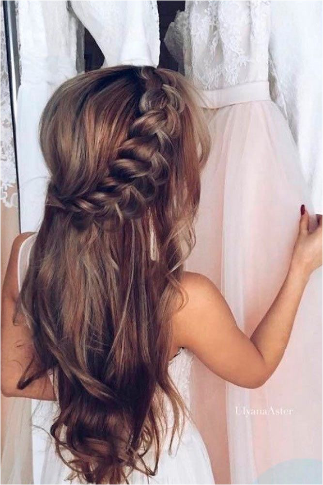 Cute Hairstyles for Xmas Party 36 Super Cute Christmas Hairstyles for Long Hair