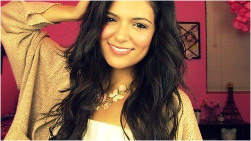 Bethany Mota is the most beautiful and confident girl I have ever seen and want tto meet really really badly