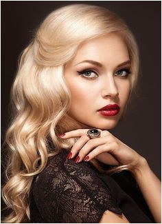 Stunning old Hollywood glam look for a classic night out look Wedding Hairstyles Pretty