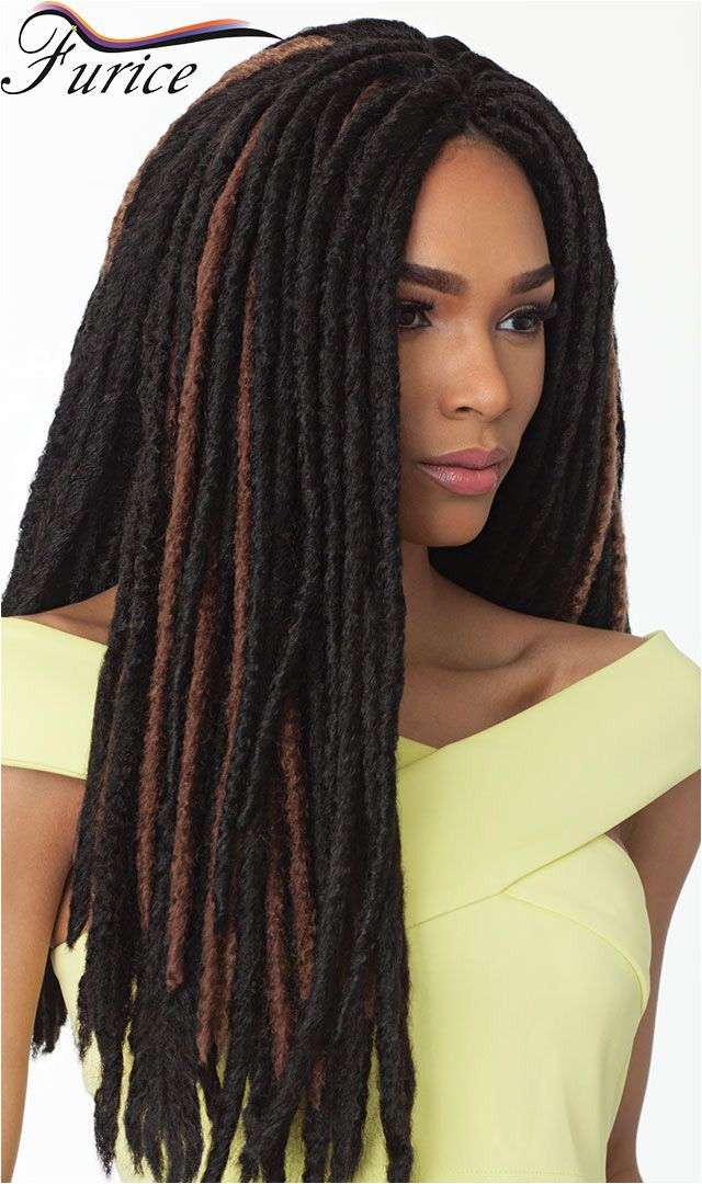 You would never guess that this faux locs protective style was done using yarn wraps