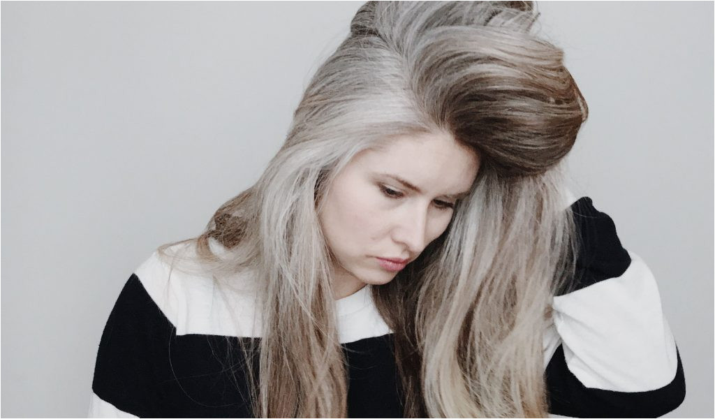 Hairstyles for Grey Hair Over 60 Blonde Color Hair Cool Hair Dye Colors Elegant I Pinimg