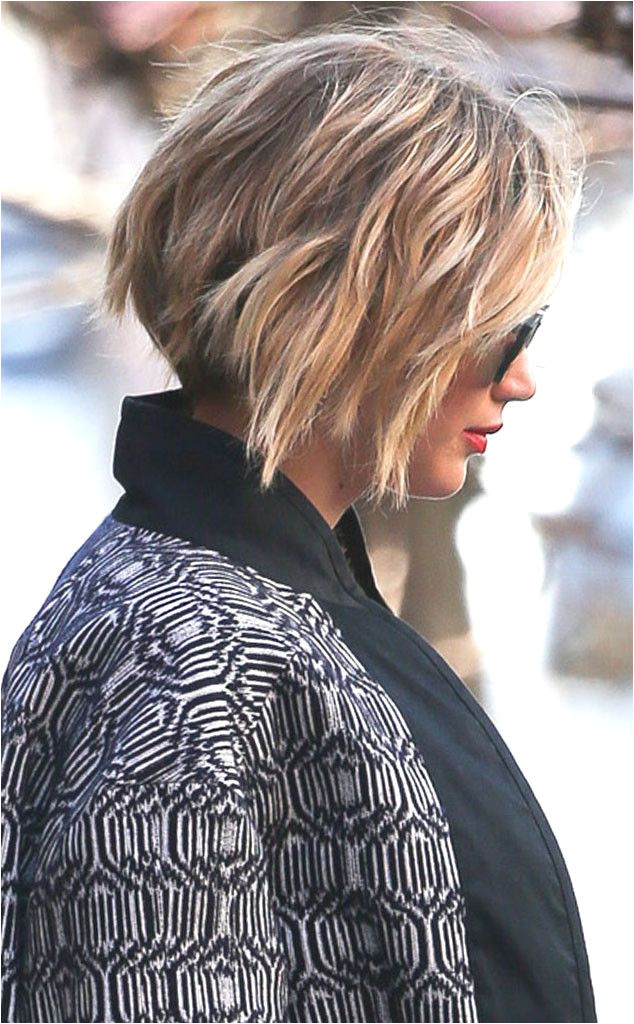 Jennifer Lawrence Grows Out Her Pixie Into a Bob Hairstyle See the Pics