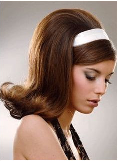 60s Hairstyles For Women s To Looks Iconically Beautiful