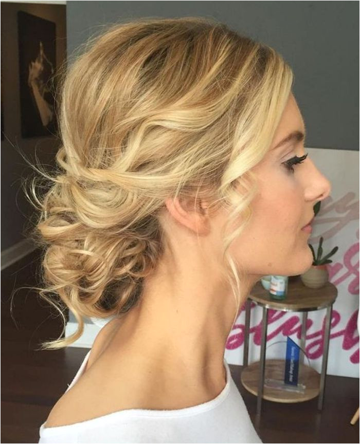 LOOSE UPDOS Simple and stunning wedding hairstyles you ll love 3