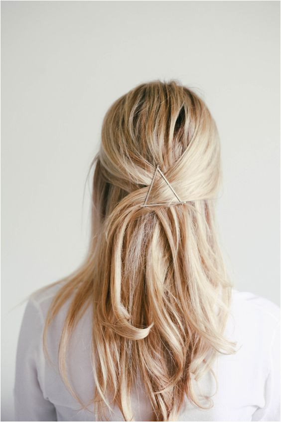 pinterest & insta ↠ missmegs0802 Travel Hairstyles Bobby Pin Hairstyles Summer Hairstyles