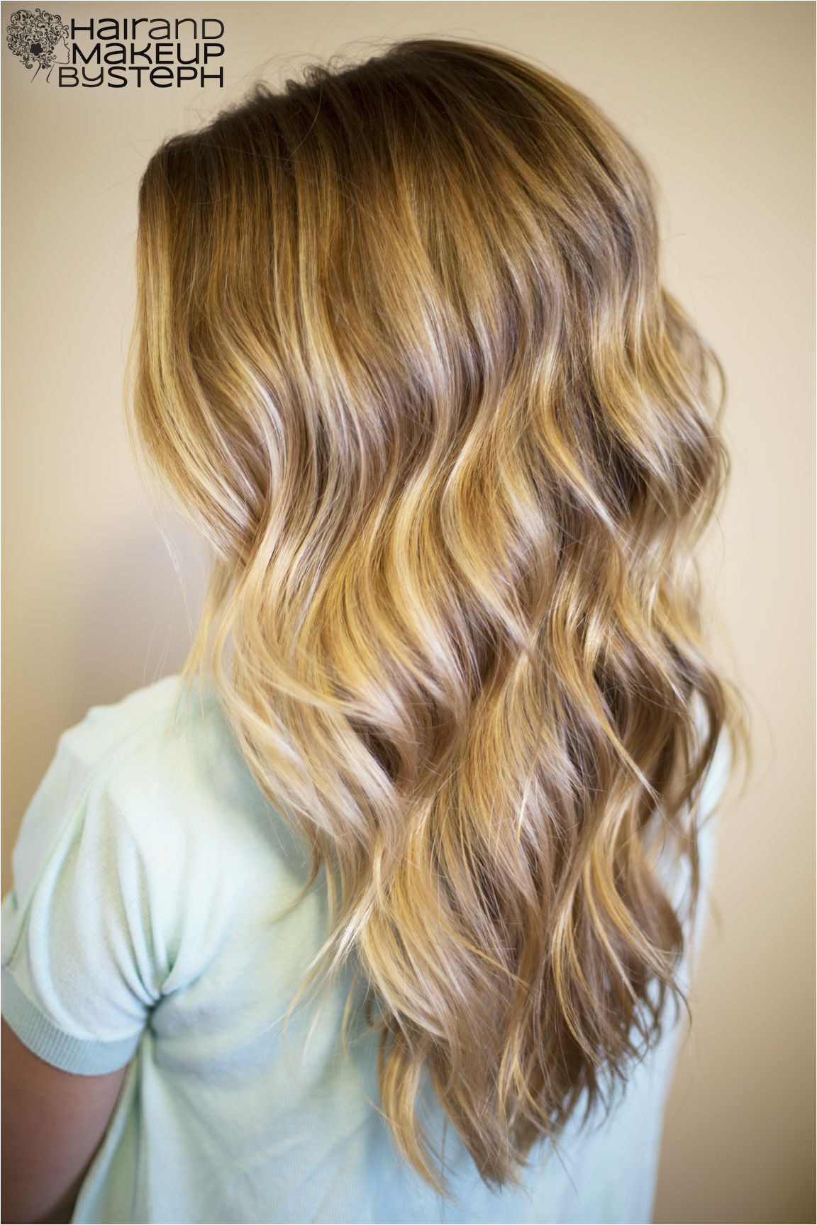 Gorgeous curls waves Tutorial Using a curling wand to simple beachy waves Everyone always asks sheryl at the front desk how she does it well