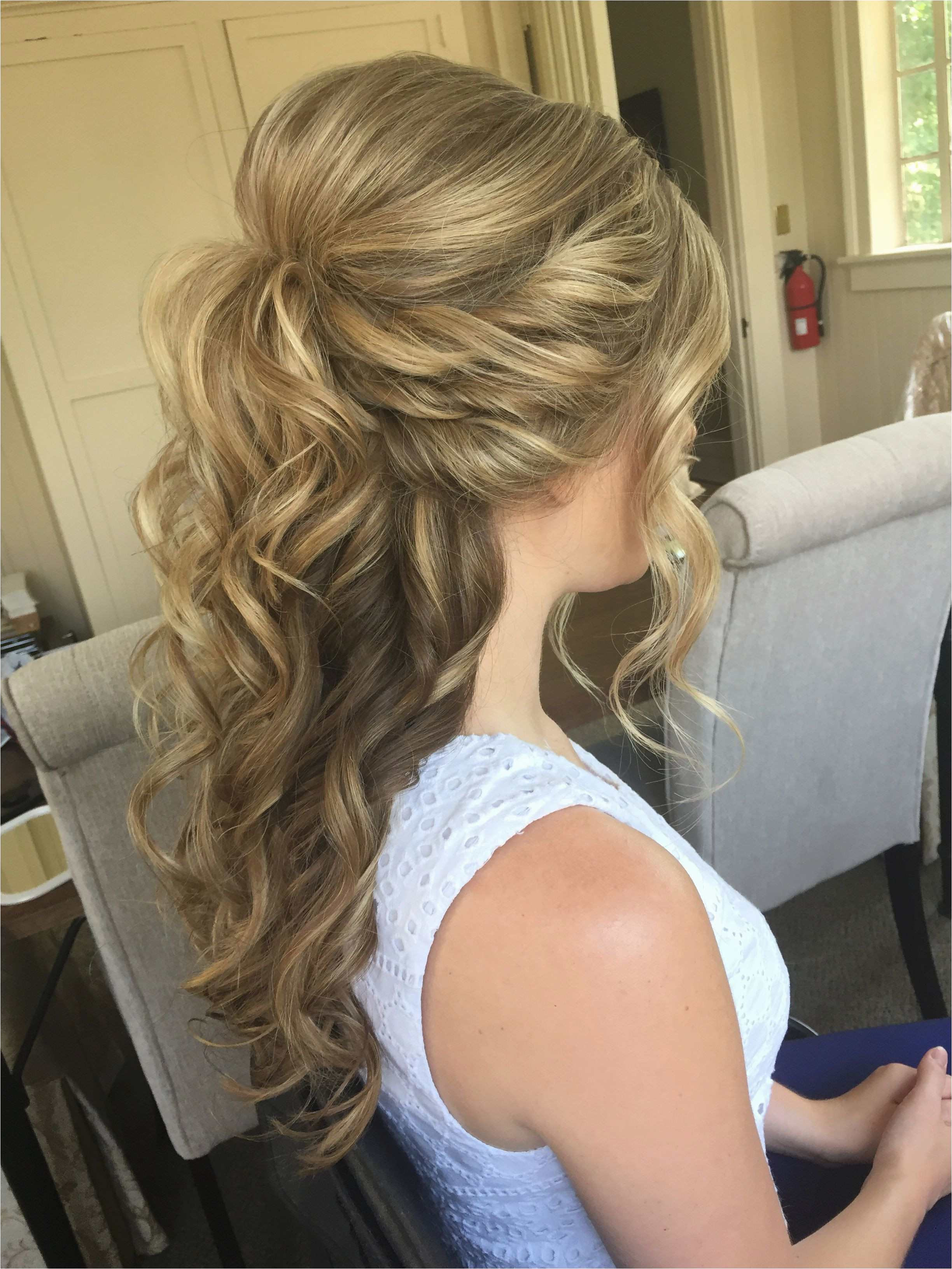 Cool Formal Hairstyles for Medium Hair Half Up Half Down Best Half Up Half Down Hairstyles