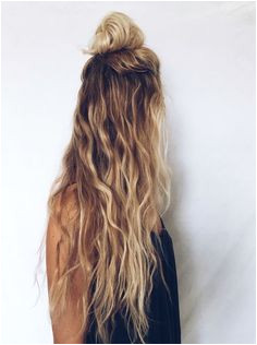 13 Easy Ways to do A Half up top knot hairstyles 2017 Beach Blonde Highlights