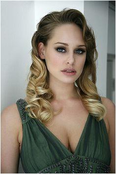 Retro shoot in Richmond model Zuzanna makeup Amy Miles photographer &
