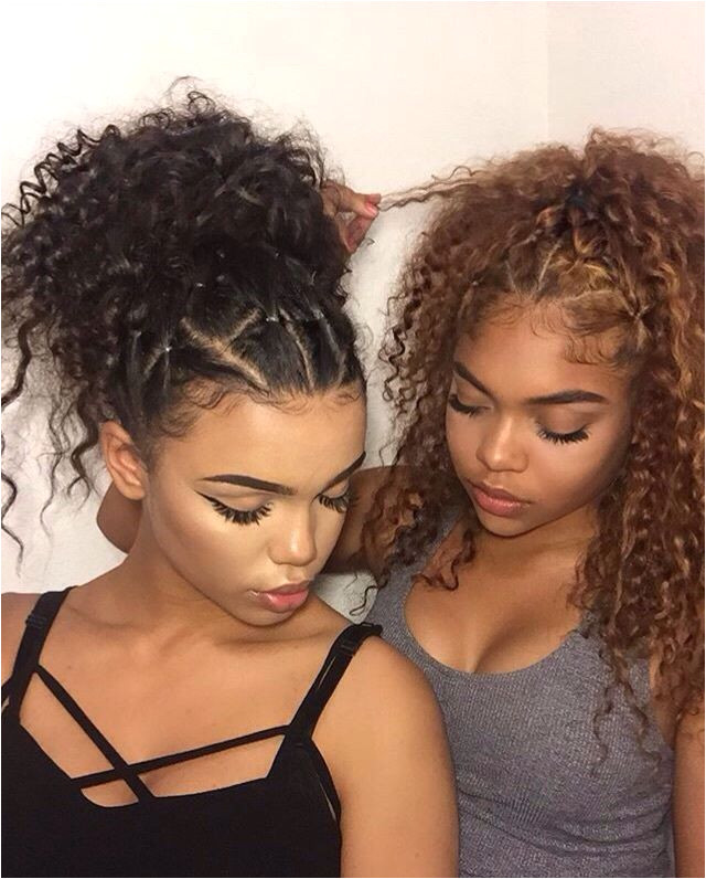 To do this on more textured hair without heat braid the front like that and then use a kinky curly ponytail for the back or unravelled crochet twists