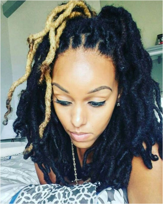 Naturally Fabulous Thick Dreads Blonde Dreadlocks Thick Hair Coiffure Dreadlocks Dreadlock Hairstyles