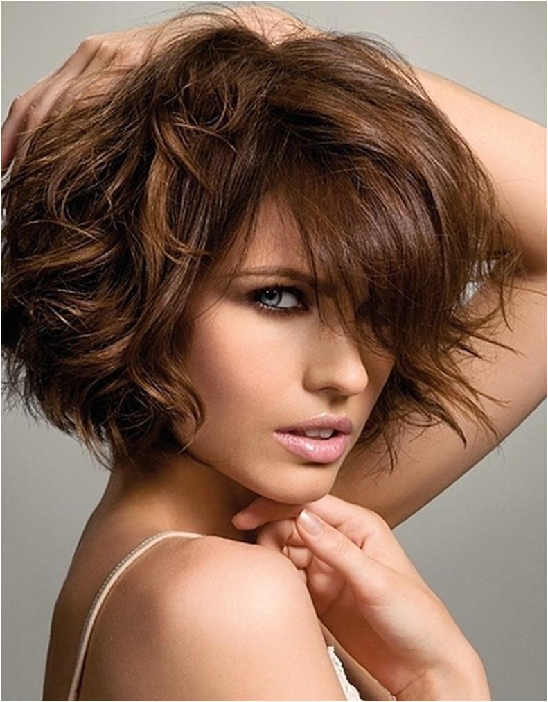 Easy Hairstyles For Medium Thick Hair Short Haircuts Thick Wavy Easy Hair Ideas Cut Hair Style