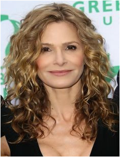 Medium Curly hair Styles For Women Over 40 Bing