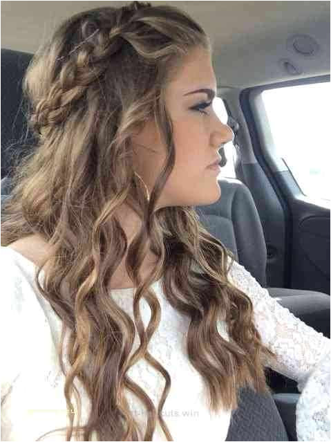 Simple Hair Types Particularly Easy Hairstyles For Medium Hair Best Hairstyle For Medium Hair 0d Form Easy Long Curly Hairstyles