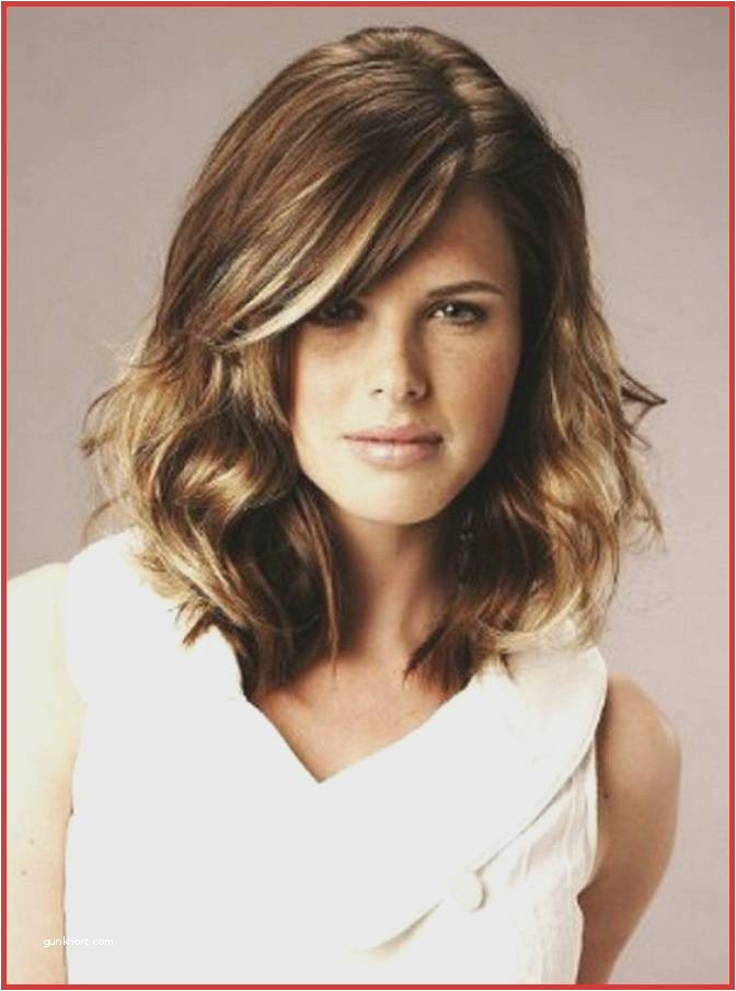 Hairstyles for Girls with Medium Hair Best Best Medium Hairstyle Bangs Shoulder Length Hairstyles with