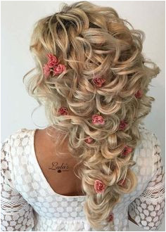 25 Romantic Bridal Curls with Roses Styles for 2018