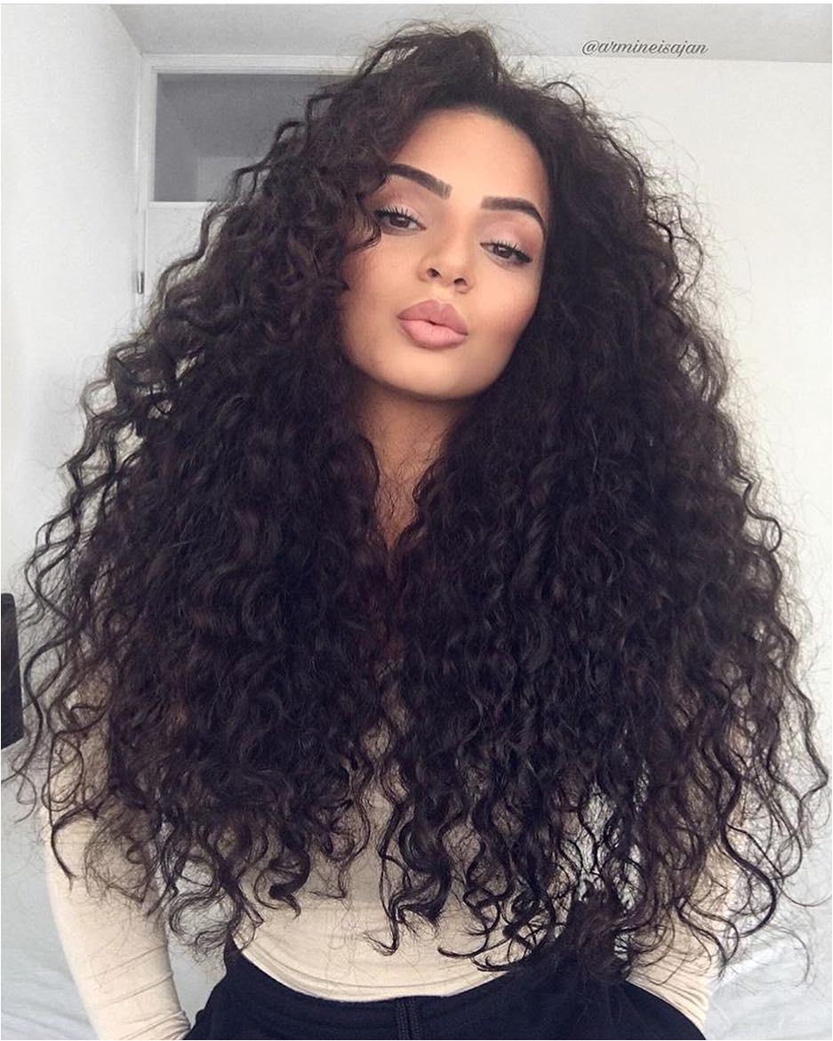 45 Elegant Naturally Curly Hair for Beautiful Women Hairstyles 2019 curlyhair curlyhairspecialistcapecoral curlyhairbrigade curlyhairstyle