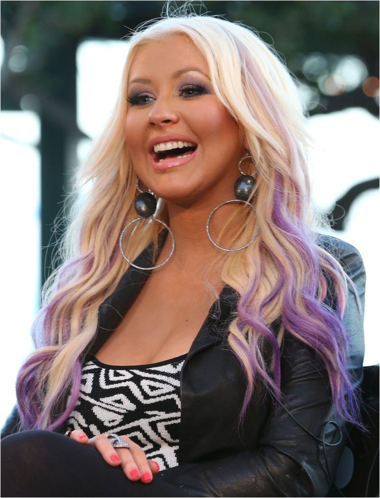 christina aguilera purple hair 56a0841e3df78cafdaa25d2a