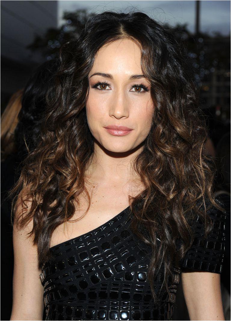 curly hairstyles maggie q 56a080e45f9b58eba4b111c9