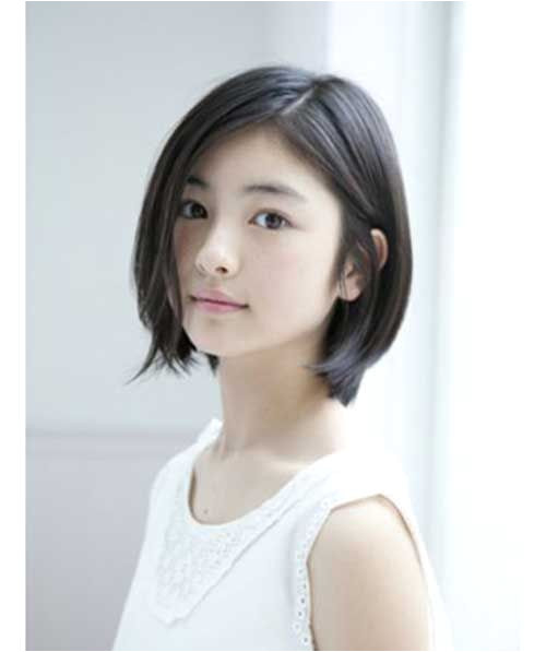 Short Hairstyles for Round Face 6
