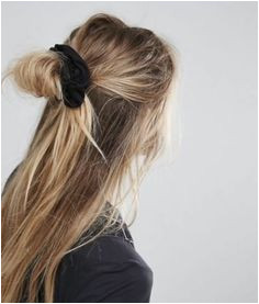 6 Reasons Why We Support the Scrunchie Revival Hair Day Hair Inspo Hair Inspiration