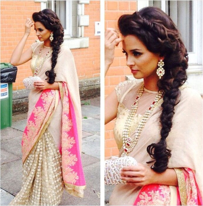 20 Simple and Cute Hairstyles For Mehndi Function This Season Sari