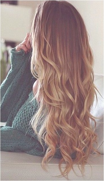 there is supposedly some sort of trick to ting your hair to curl like this using a flat iron but I can not for the life of me figure it out