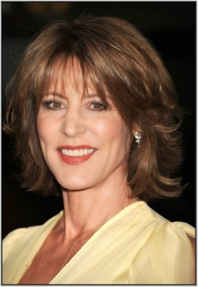 Best Short Haircuts For 50 Year