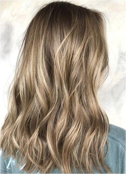 Dark Blonde Balayage Hair Color Ideas for Medium Hairstyles 2018