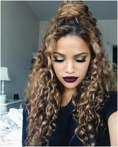 17 Gorgeous Tutorials That Are Perfect For People With Curly Hair