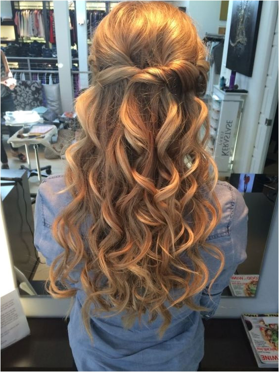 Prom hairstyles for long hair half up half down with the best prom hairstyles 17