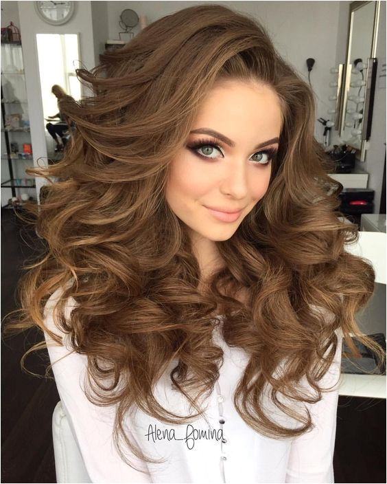 Stylish curly hair makes you look more beautiful and charming