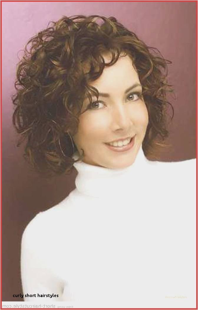 How to Hairstyles for Curly Hair with Bangs Re Mendations Hairstyles for Short Wavy Hair Beautiful Curly Short
