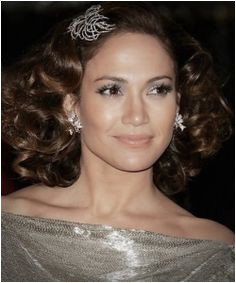 Jennifer Lopez Hairstyles Elegant Brunette Medium Curls