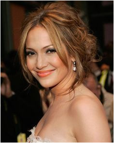 Jlo messy updo 1 Updo Hairstyle Braided Hairstyles Hairstyles With Bangs Wedding Hairstyles