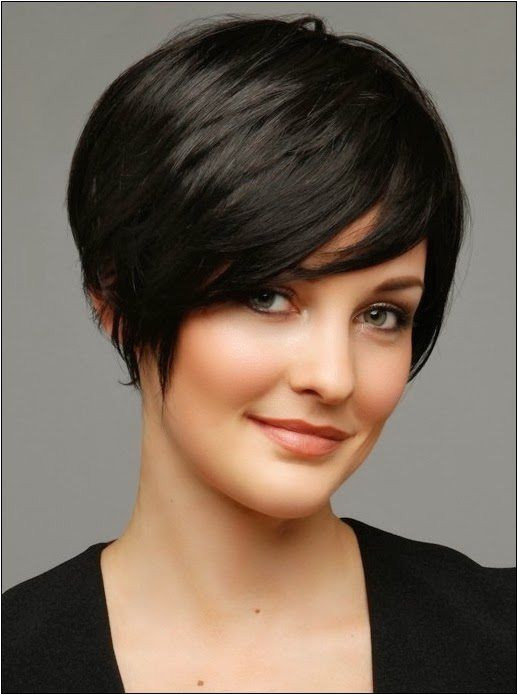 Beautiful Women Hair with Round Faces