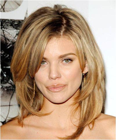 Medium Hair cuts for oval faces