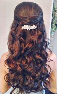 quinceanera hairstyles with curls and tiara hair down Google Search Sweet 16 Hairstyles Pretty