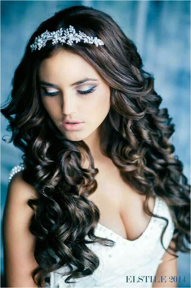 Hairstyles For Sweet 16 Wedding Hairstyles For Curly Hair Party Hairstyles Curled Hairstyles