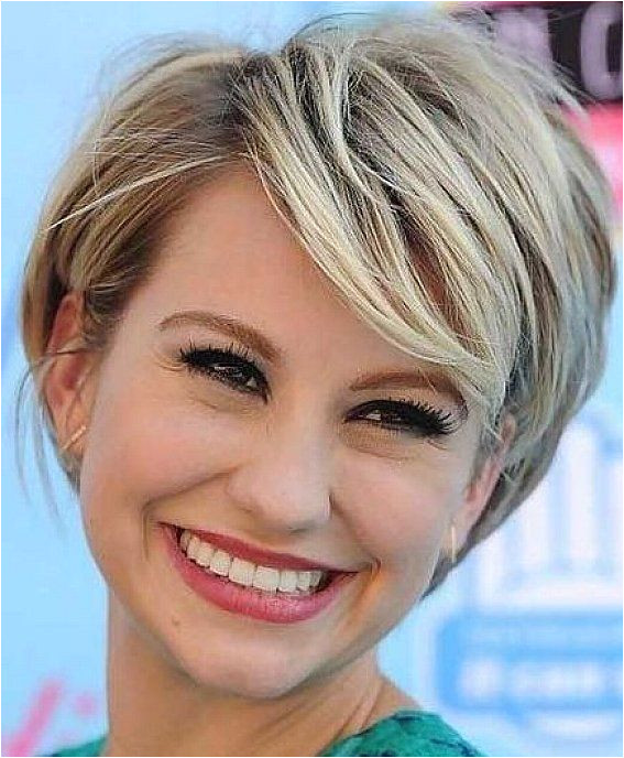 Cool Short Hairstyles with Side Bangs for Square Faces with Short Hairstyles Women