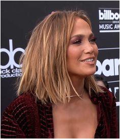 Deborah Praha Jennifer LopezLob HairstyleCute