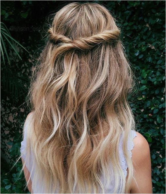 4 Easy and Cute Hairstyles for Fall Half Up Braids Beauty