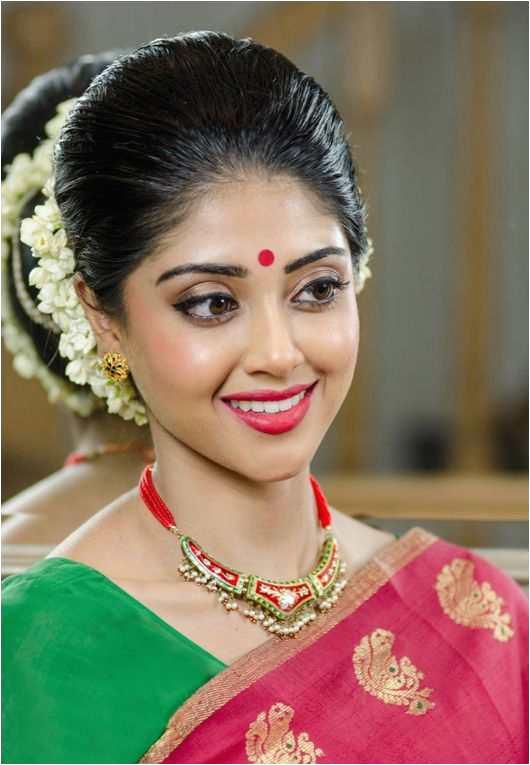 Simple Bridal Makeup Idea Indian Bridal Hairstyles Beautiful Kerala Hairstyle 0d Minimalist