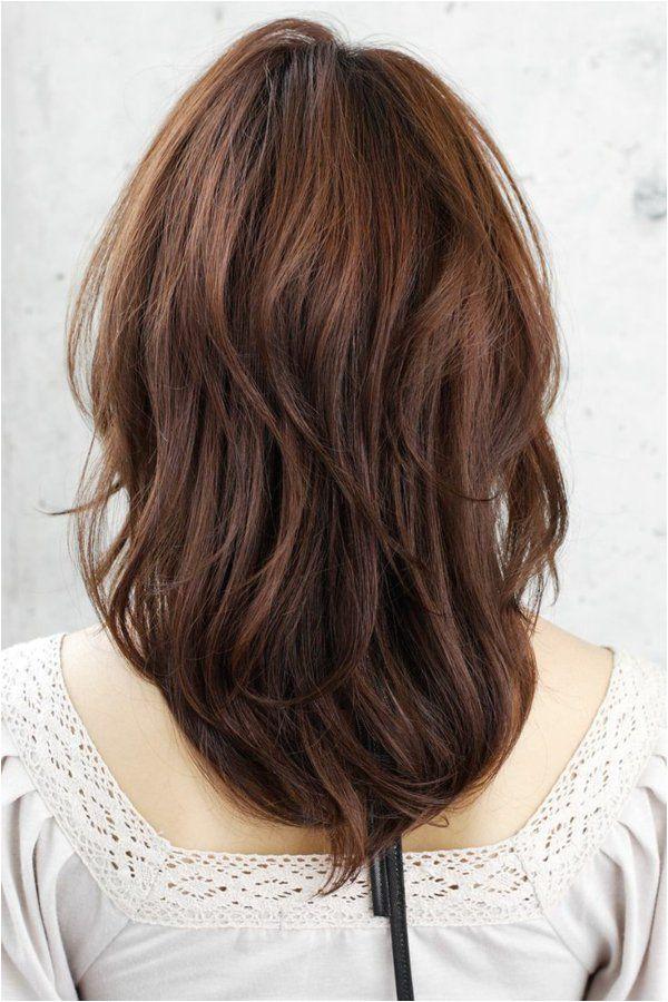 Stufenschnitt für Haare das neue Jahr mit neuer Frisur anfangen