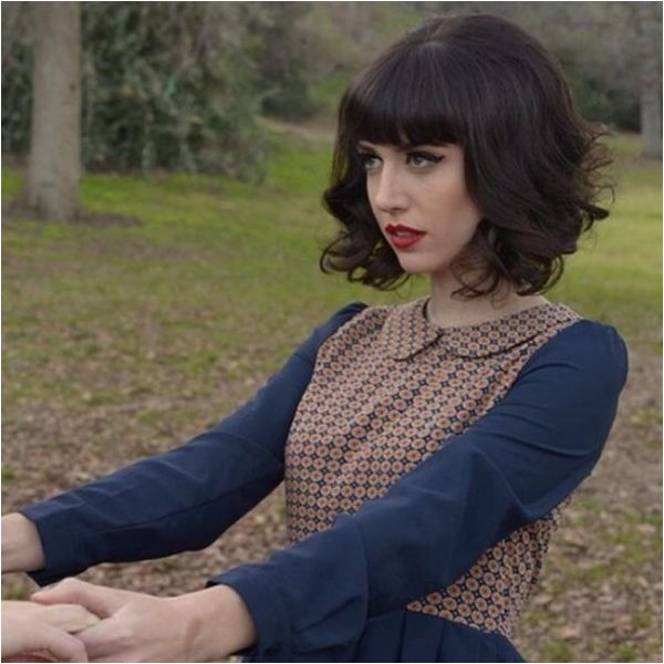 Haircut with Bangs I need a trim so my curls bounce up like this Oh So Lovely Vintage New do bob inspiration