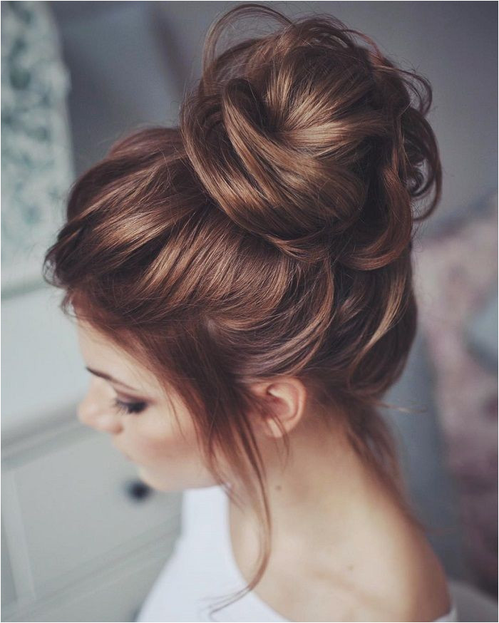 36 Messy wedding hair updos for a gorgeous rustic country wedding to chic urban wedding Wedding Hairstyles Pinterest